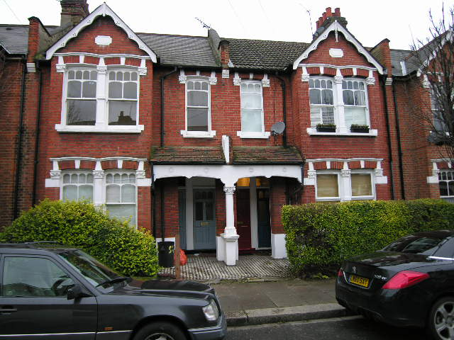 Ormiston Grove, Shepherds bush, London, W12 0JS
